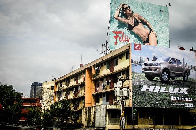 Reklamy wielkoformatowe: siatki wielkoformatowe Szczecin